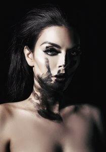 Black Ghost – Chantal Brink