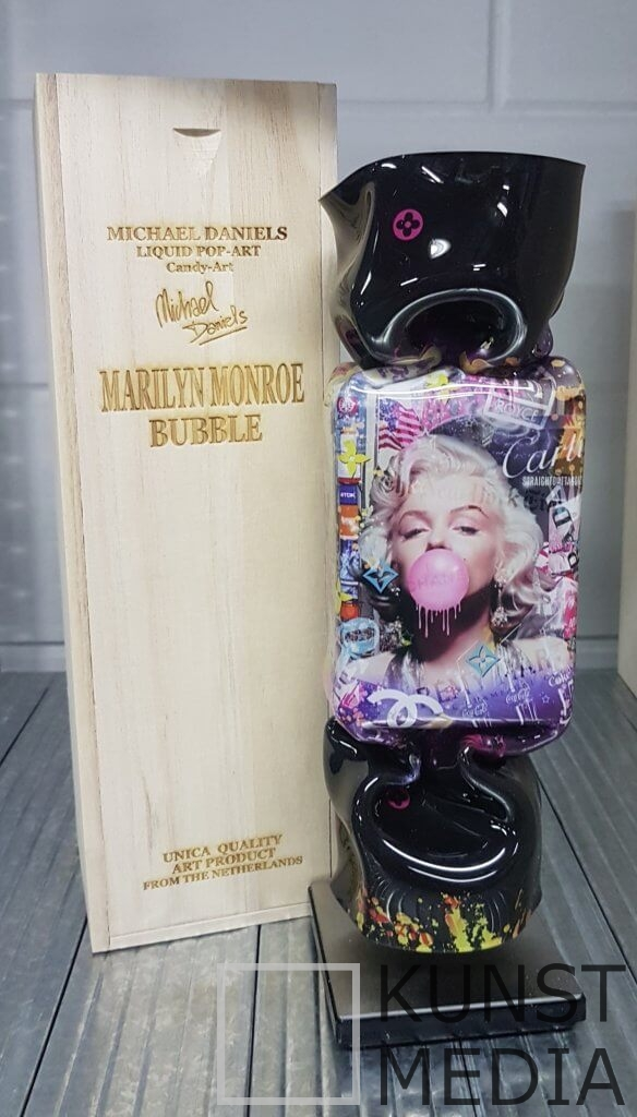 Bubble Monroe black – Michael Daniels