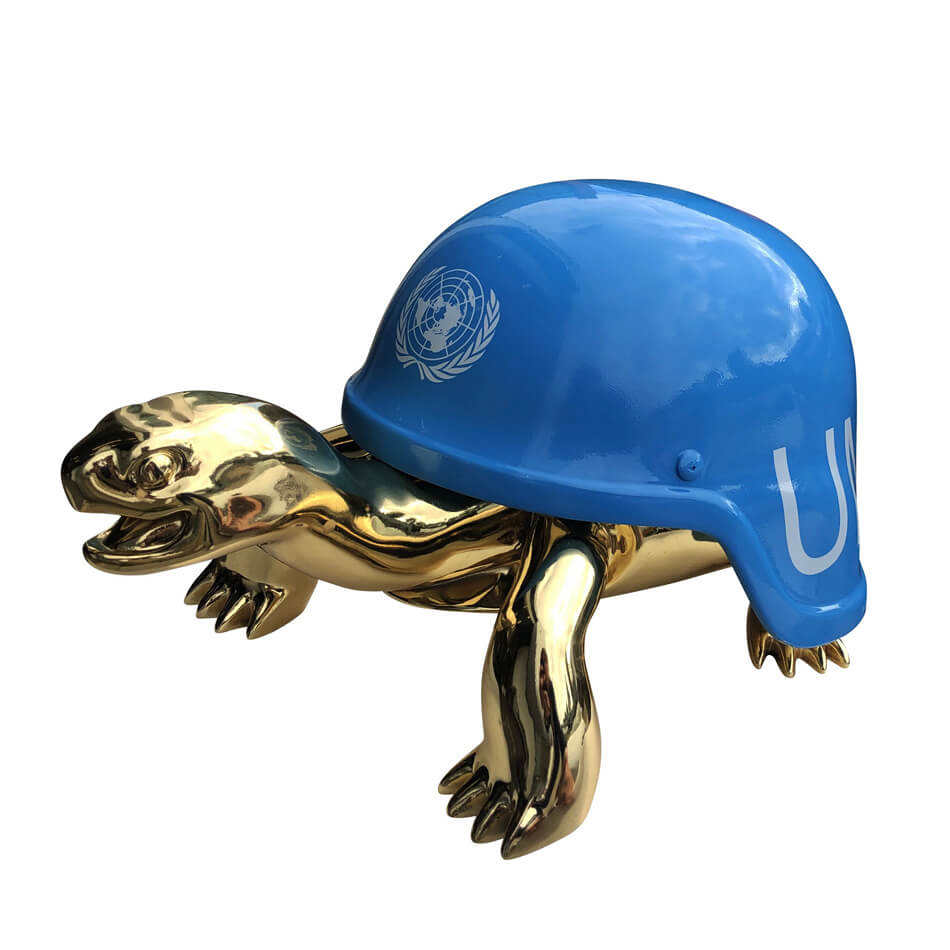 UN Blue Helmet – van Apple