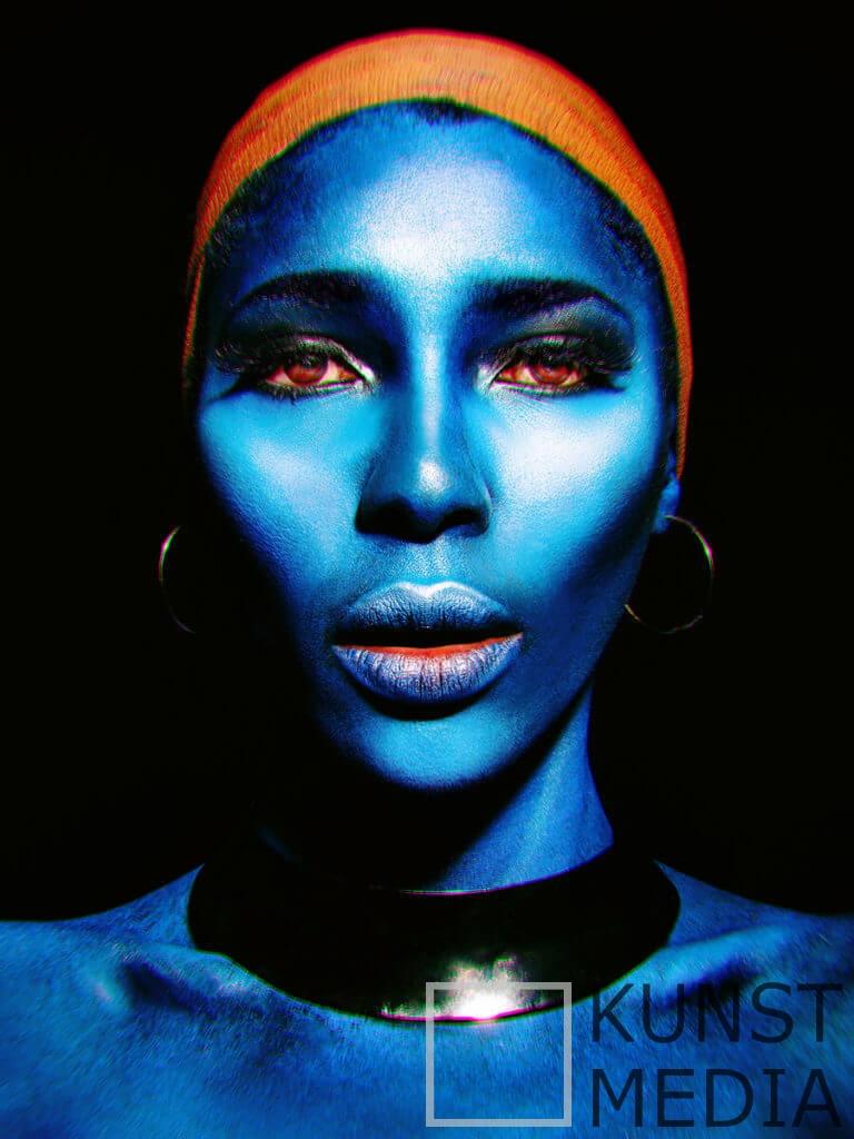 Blue Angel – Chantal Brink