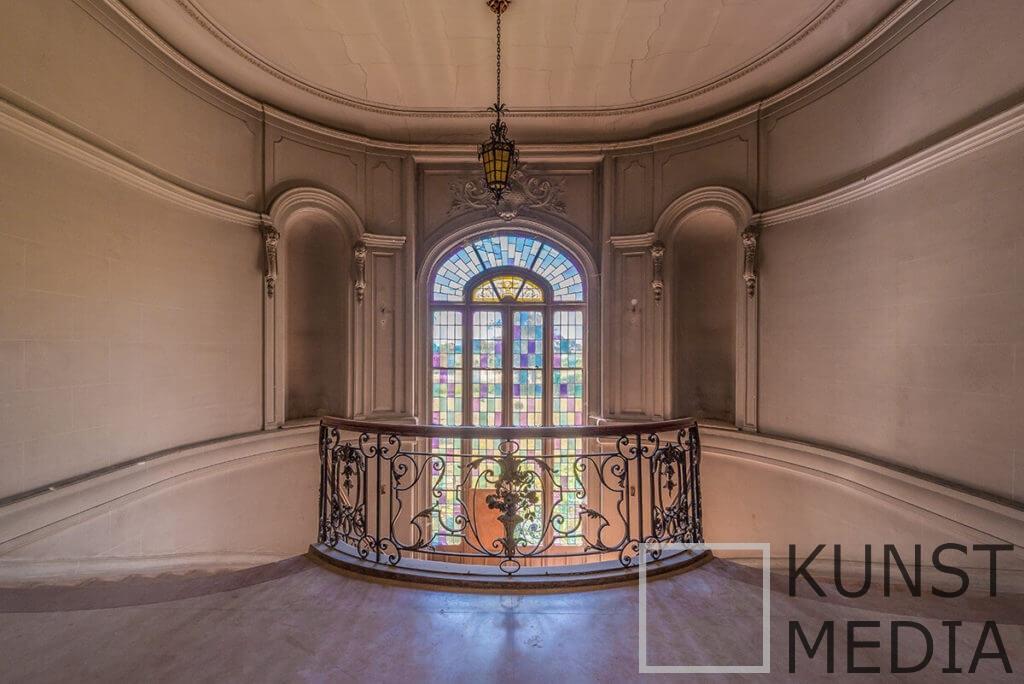 Stairway treasure I – Celina Dorrestein