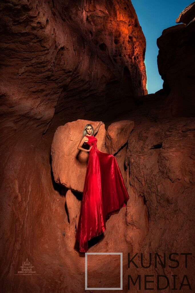 Lady in Red – Chuck Coleman