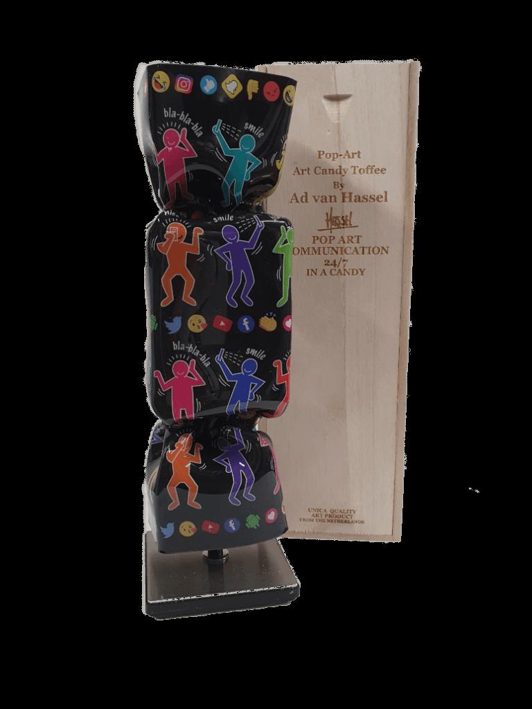 Candy Pop Art Communication Sculpture – Ad van Hassel